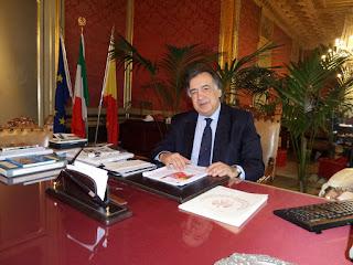 Comune Palermo: RIFIUTI - Consiglio comunale approva delibera e riconosce la legittimità di un debito fuori bilancio