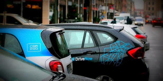 Image Attribute:  Car2Go and DriveNow Vehicles in Parking  © Krisztian Bocsi/Bloomberg/Getty Images