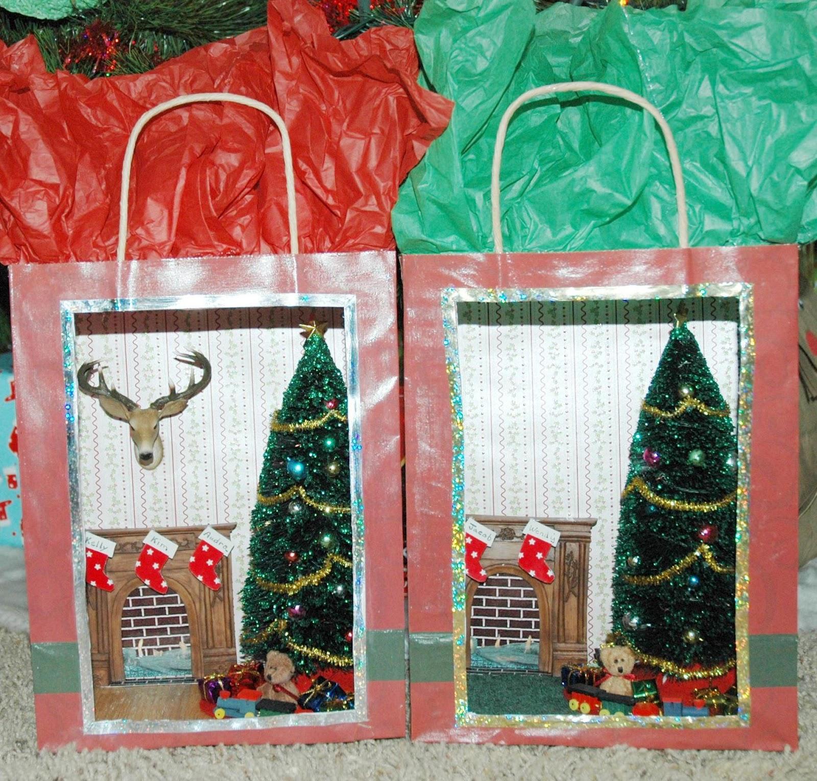 Honey, I Shrunk The House!: Holiday Mini Scene In