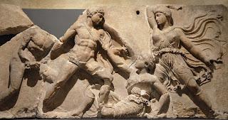 """Όταν ο Άγγλος Κόκκερελ έκλεψε την ζωφόρο από το Ναό του """"Επικούρειου"""" Απόλλωνα στις Βάσσες"""