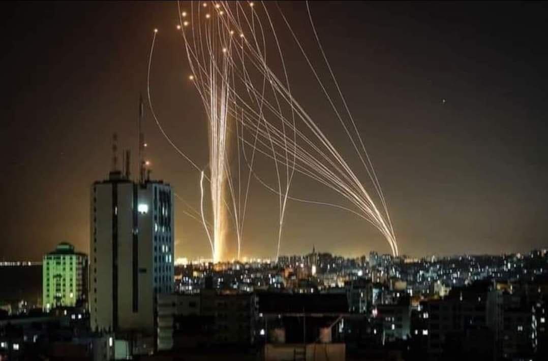 Al-Qassam Hujani Wilayah Israel dengan Roket, Puluhan Tentara Tewas dan Luka