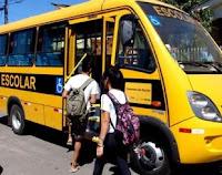 MP flagra ônibus escolares levando pessoas à praia e prefeitos poderão responder por improbidade