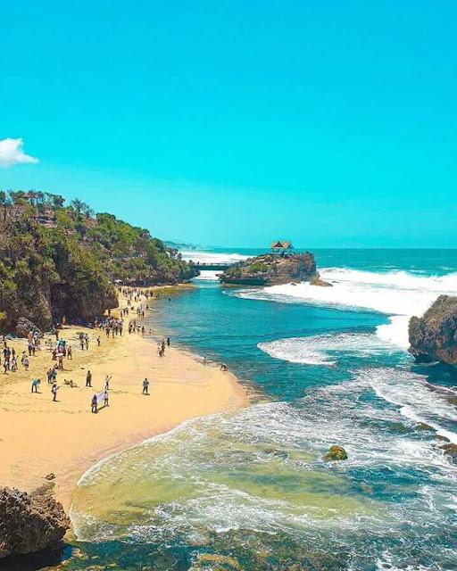 Pantai Ngrawe Jogja