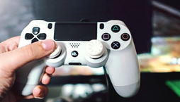 8 Best PC Controllers: Top Gamepads in 2020