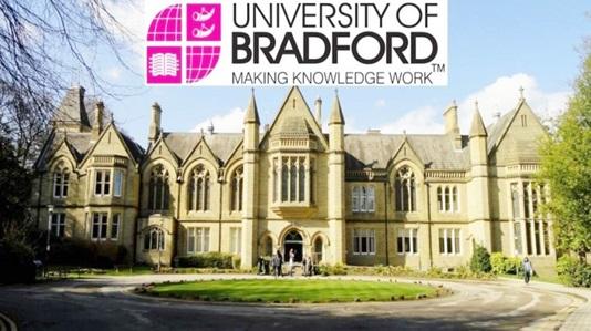 منحة جامعة برادفورد لدراسة الماجستير في المملكة المتحدة