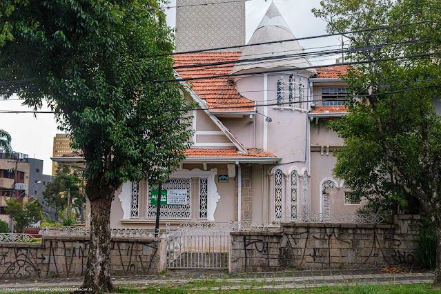 Casa na Rua Saldanha da Gama - lateral