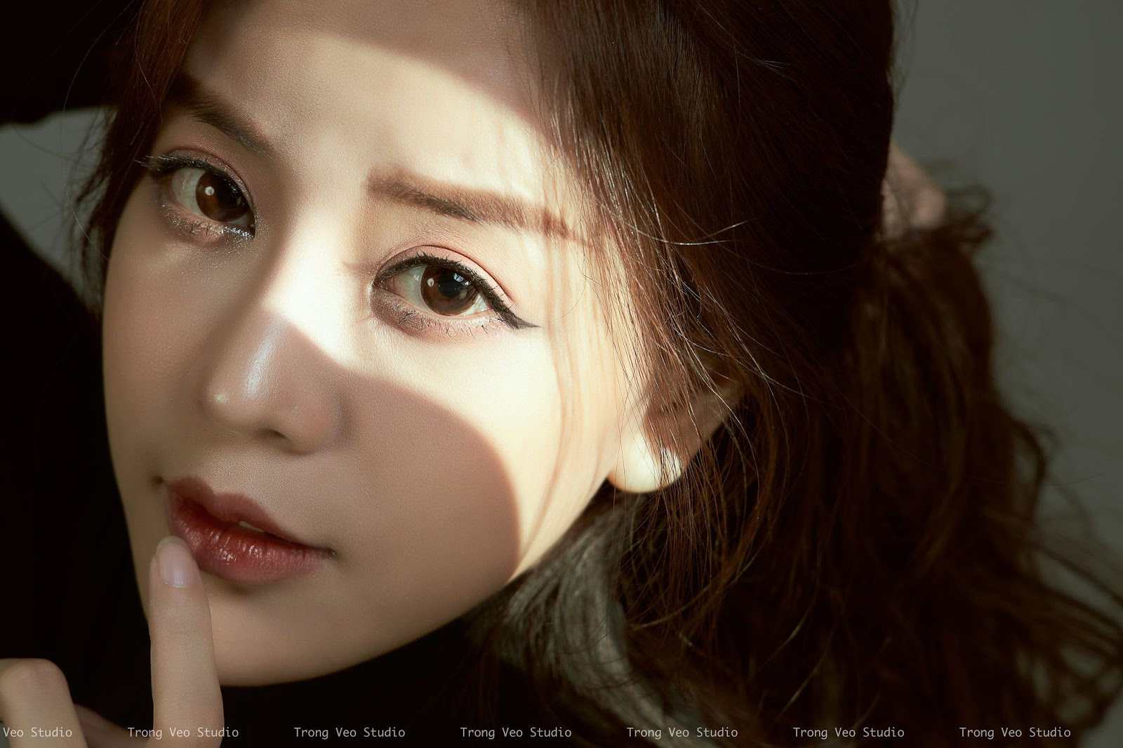 Bộ Ảnh Kiều Trang xinh đẹp ma mị