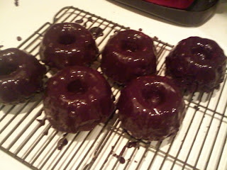 My Holiday Gift to You: Mini Chocolate Bundt Cakes with Chocolate Ganache