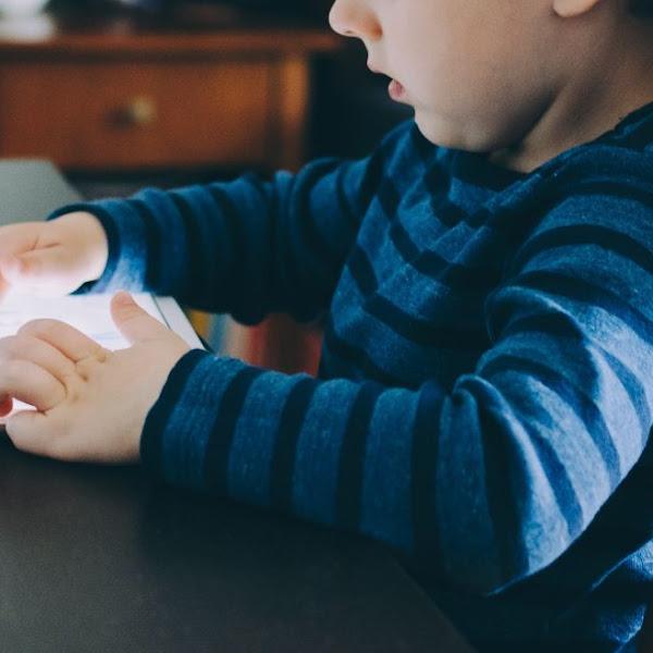 Cara Membatasi Penggunaan Gadget Pada Anak Usia TK