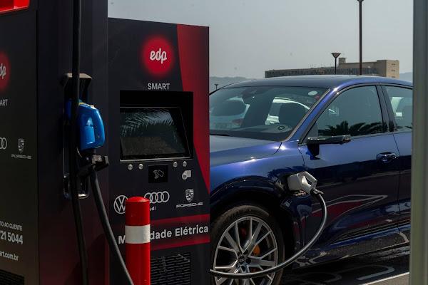 Audi, Porsche e VW inauguram rede de eletropostos no Brasil