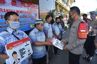 Peringati Hari Bhayangkara ke -74, Polresta Cirebon Berikan SIM D Gratis  Kepada Penyandang Difabel