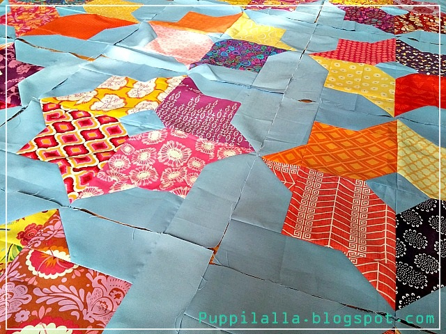 Missouri Star Quilts, Double Square Star Block, Quilting Bee, Stash Bee, Puppilalla