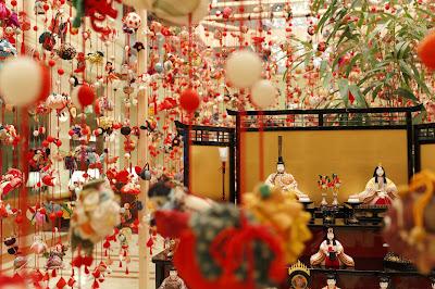 Festival Hinamatsuri Pada Musim Semi Di Jepang