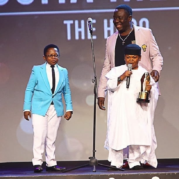 """Beautiful Pictures of Osita Iheme """"Pawpaw"""" Feeding his Child Sets Social Media Ablaze (Pictures)"""