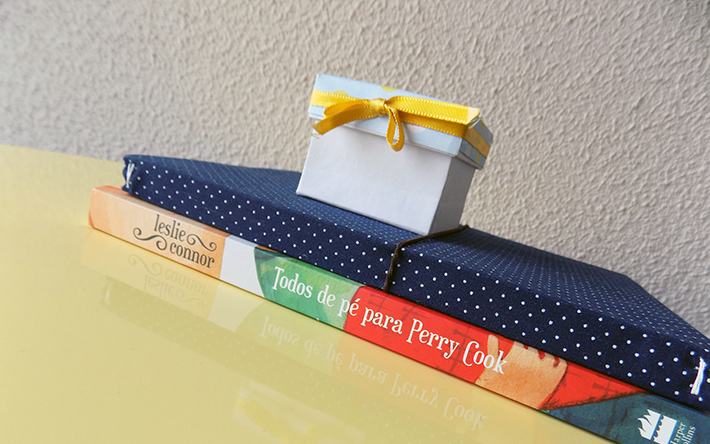 Resenha do livro Todos de pé para Perry Cook, YA de Leslie Connor, editora HarperCollins Brasil