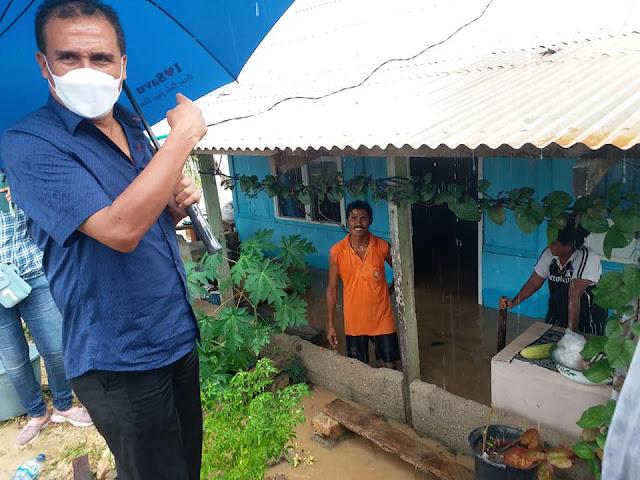 Doris Alexander Rihi Pantau Wilayah Terdampak Genangan Banjir di Sabu Raijua