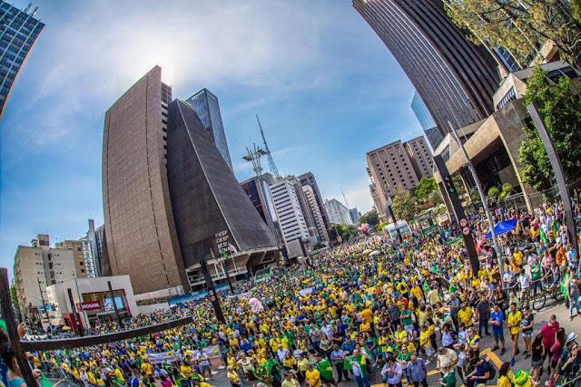 Av. Paulista, dia 17/11