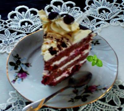 Tort-z-czarnolasu