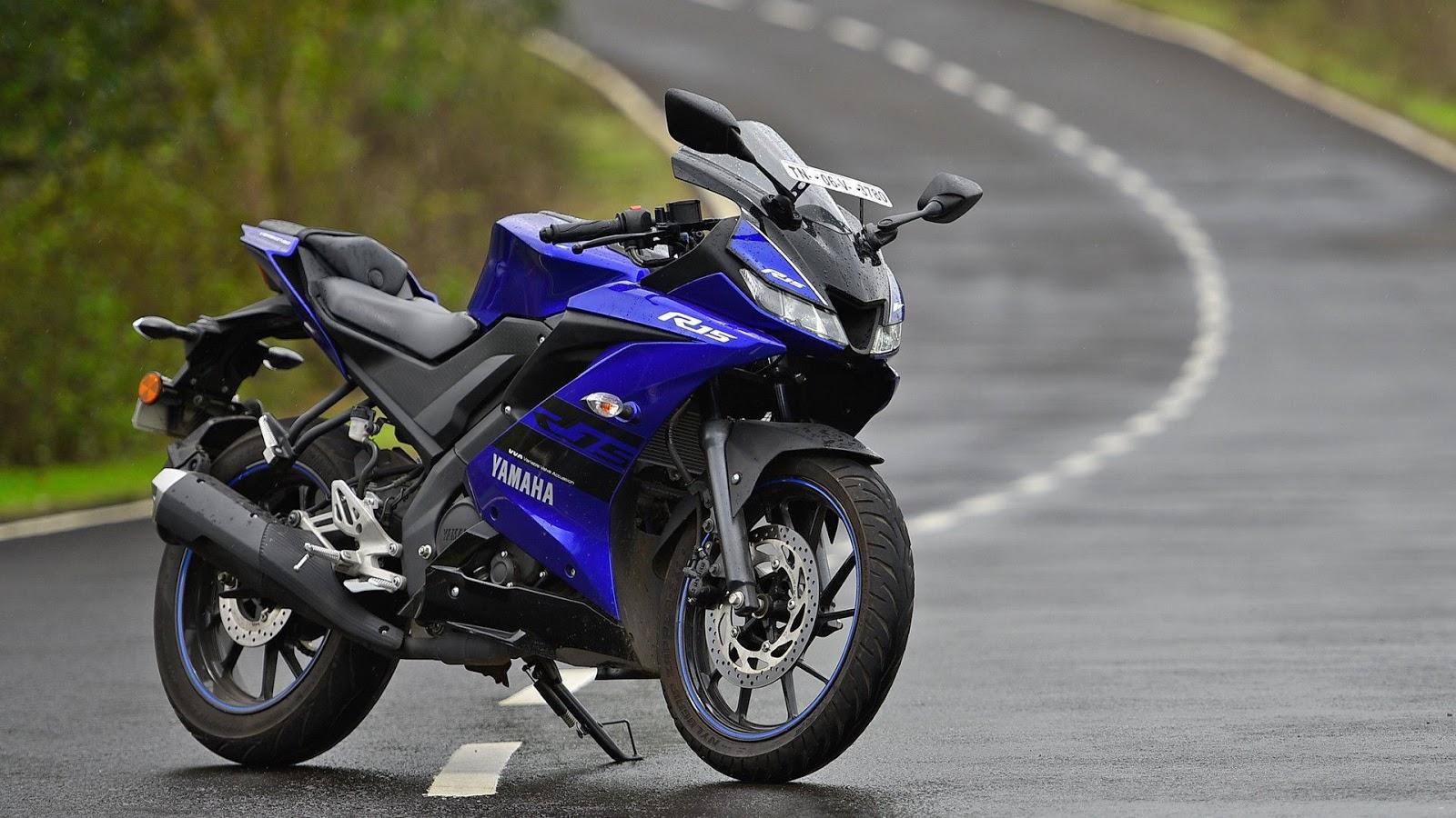 Gambar Yamaha R15 V3 kualitas HD - 2