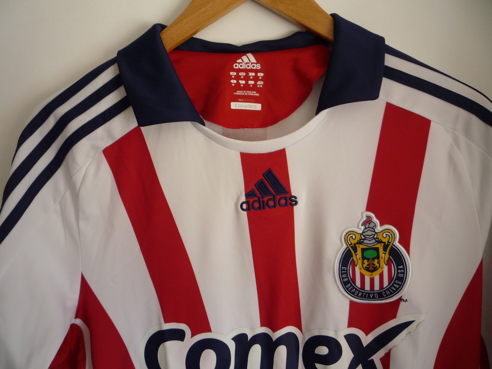 sports shoes 52af2 8eb69 Football Uniforms | A football shirt collection: #41 Chivas ...