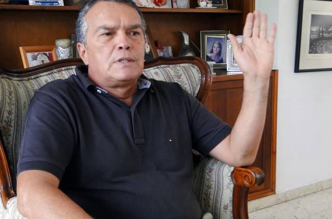 """Dura respuesta del dueño de Cortuluá al Atlético Nacional, por caso Fernando Uribe: """"Si llega la tutela, pido a Fifa la desafiliación"""""""