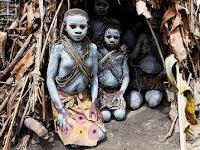 Intip Kehidupan Suku Primitif  nan Misterius Afrika Kuno Ini, 8 Tahun Sudah Melahirkan Anak, Hidup dengan Memakan Semut, Usia Hidup Mereka Hanya Sampai Segini!