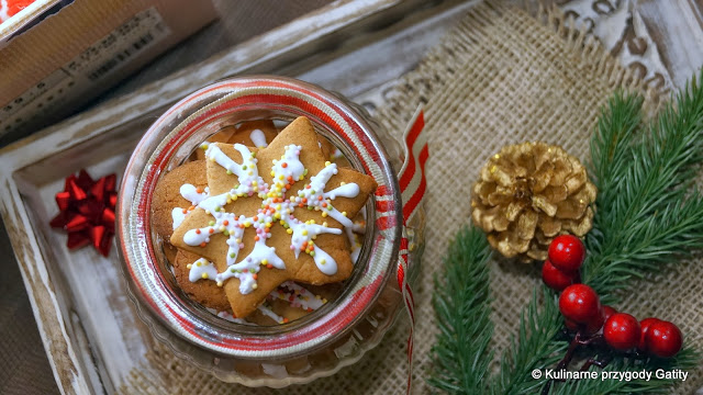 https://www.kulinarneprzygodygatity.pl/2013/12/lukrowane-pierniczki.html