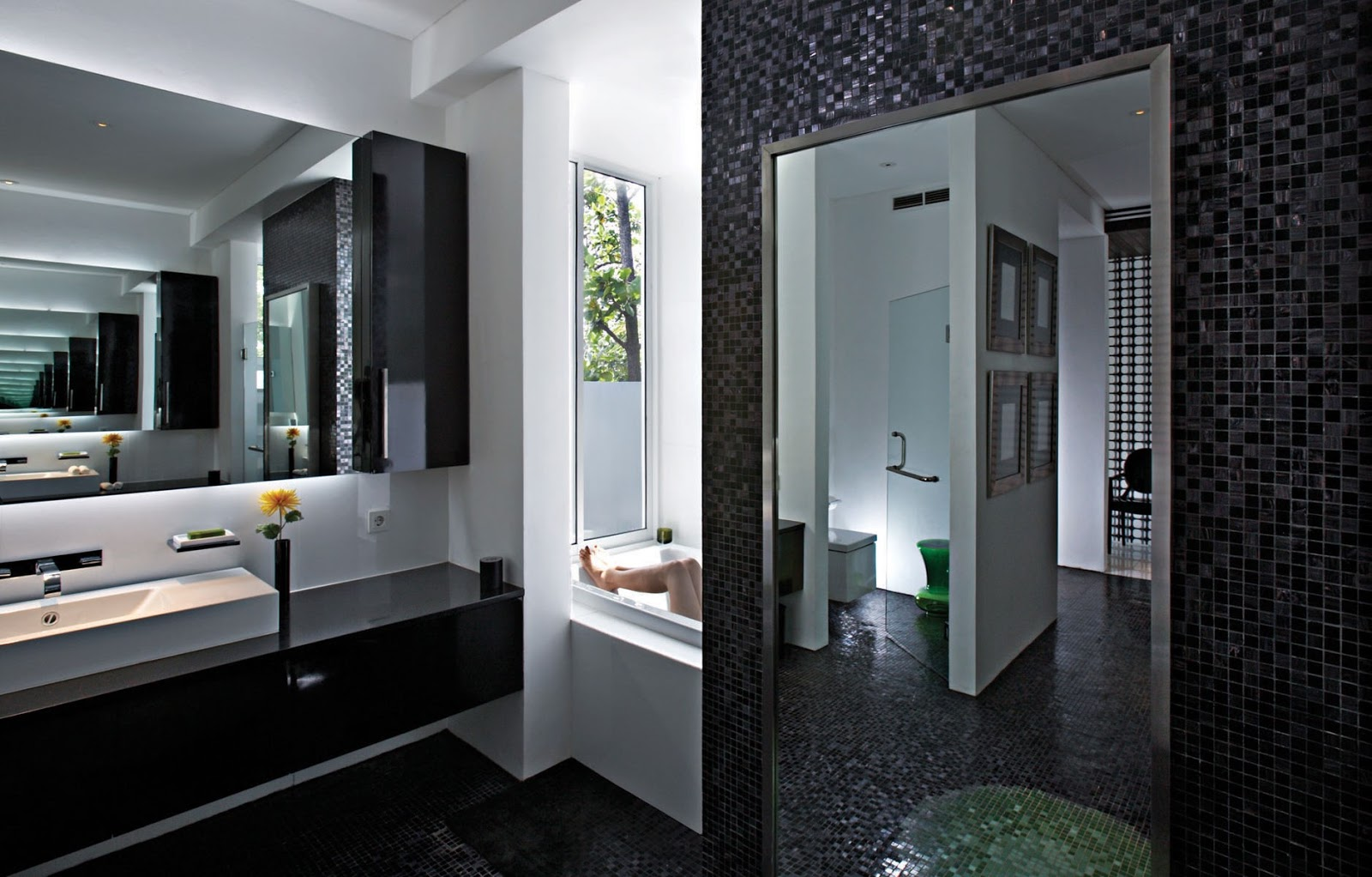 minimalist modern black bathroom design ideas art home design ideas mix black with other colors will be very helpful minimalist bathroom look more beautiful following some example black bathroom inspiration
