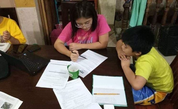 DepEd prepares printed, online Self-Learning Modules SLM for SY 2020-2021