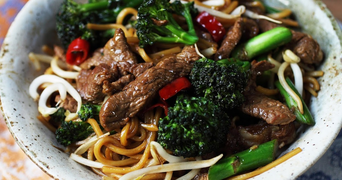 Beef & broccoli oyster sauce chow mein   NoobHealth