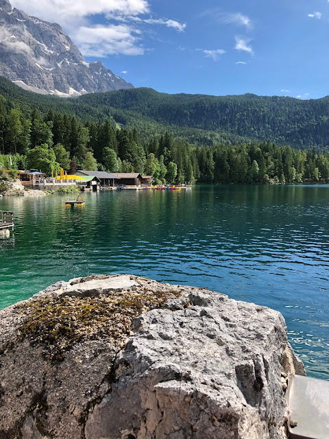 Lake time is the best time, Hochzeit am See, Berghochzeit, mountain wedding, destination wedding Germany, heiraten in Bayern, Eibsee, Grainau, Zugspitze, Hochzeitsplanerin Uschi Glas, wedding in Bavaria, Sommerhochzeit 2019