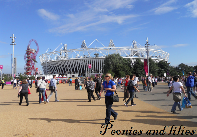 IOlympics, London 2012, London 2012 olympic park, London 2012 stratford, London 2012 Olympic stadium, peonies and lilies