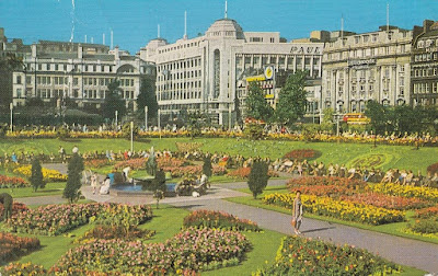 Piccadilly Gardens, Manchester. By Lilywhite Postcards., Brighouse. Published by Colin Richardson Printers Limited. Posted from Stockport in 1970