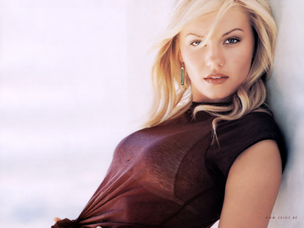Celibrity Pics Elisha Cuthbert Sexy Picture And Wallpapers-3228