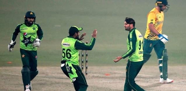 When will the Pakistan team leave for South Africa