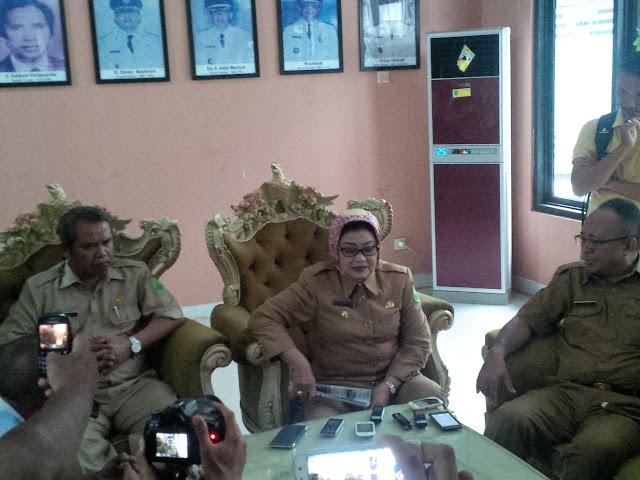 Konferensi Pers Terkait Jalannya Pembangunan di Kabupaten Subang,