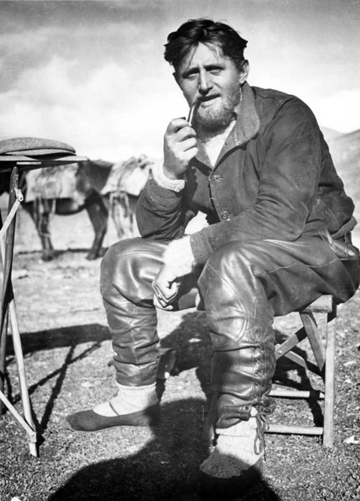 Edmund Geer en el Tíbet, 1938.