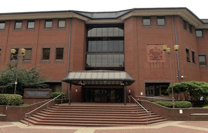 Pengadilan Simon Bramhall