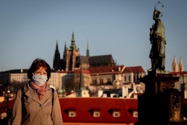 Rekordot döntött az új koronavírus-fertőzések száma Csehországban
