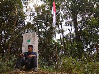 Taman Nasional Gunung Niut merupaka cagar alam yang ada di Kalimantan Barat