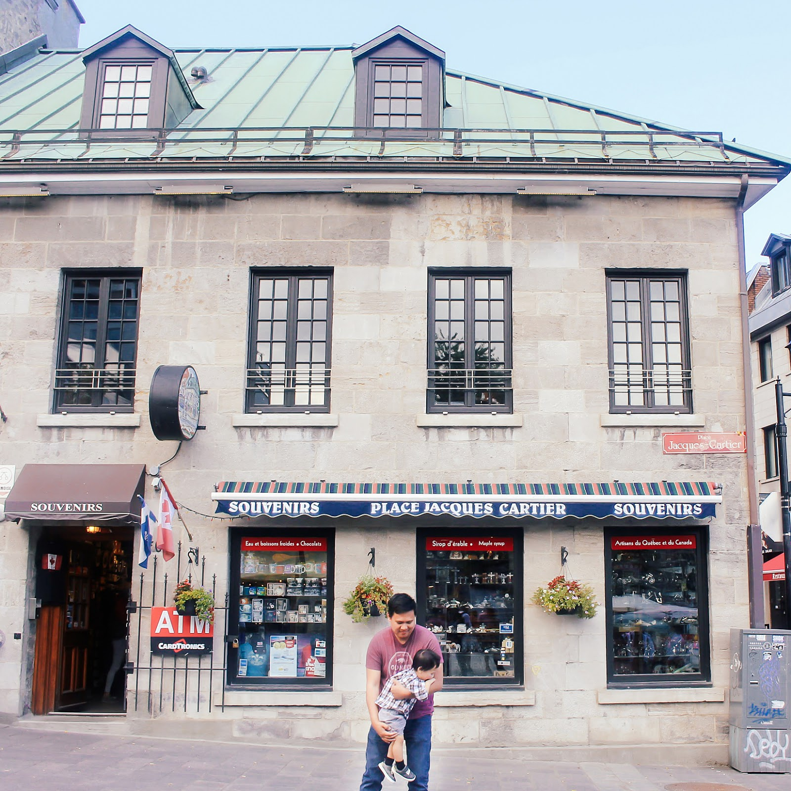 Travel Guide: Things To Do/Places to See in Montreal in A Day