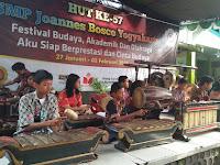 Literasi Budaya,  SMP  Joannes Bosco Yogya  Gelar Festival  Budaya Jawa  Tingkat SD