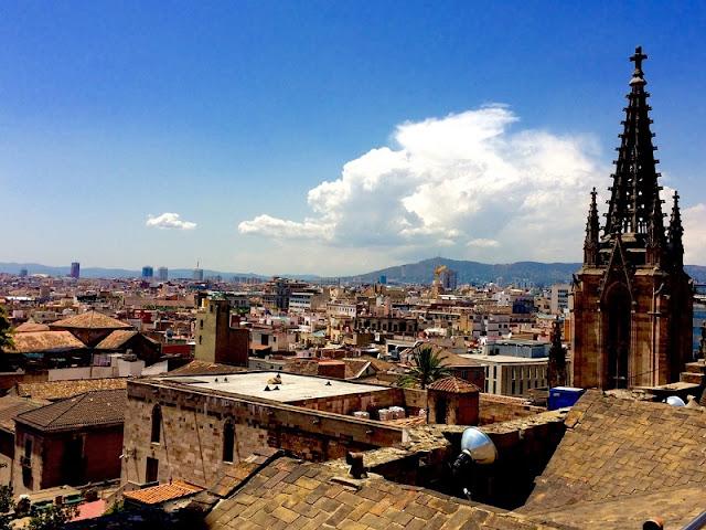 Vistas da Catedral de Barcelona