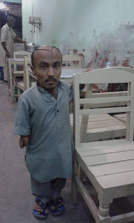 Muhammad-asghar-small-man-from-khushab