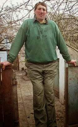 LiftNaija - Be Updated: World's 'tallest man', Leonid ...
