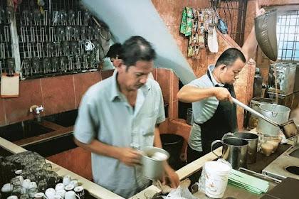 6 Kedai Dan Warung Kopi Legendaris Indonesia Yang Wajib Disinggahi Pecinta Kopi