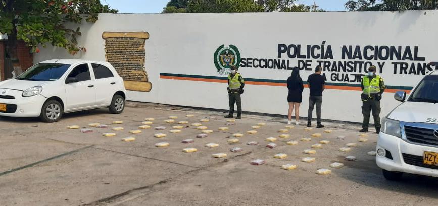hoyennoticia.com, 70 paquetes con coca y 100 kilos de marihuana hallan en carreteras de La Guajira