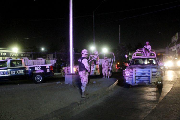 Tijuana; Con Narcomanta y granada acusan a ministeriales de robar droga