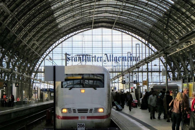 Is Frankfurt Worth Visiting? Frankfurt Main Station