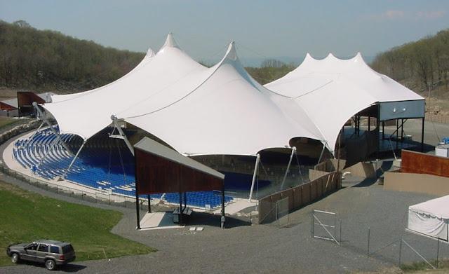 Tenda membrane untuk program besar